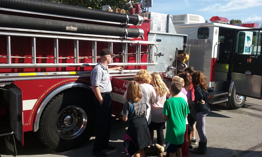 Clever  Students Participate In Fire Safety Week Activities